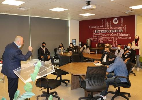 متسابقو Hult Prize في جامعة الشرق الأوسط يكثفون تدريباتهم