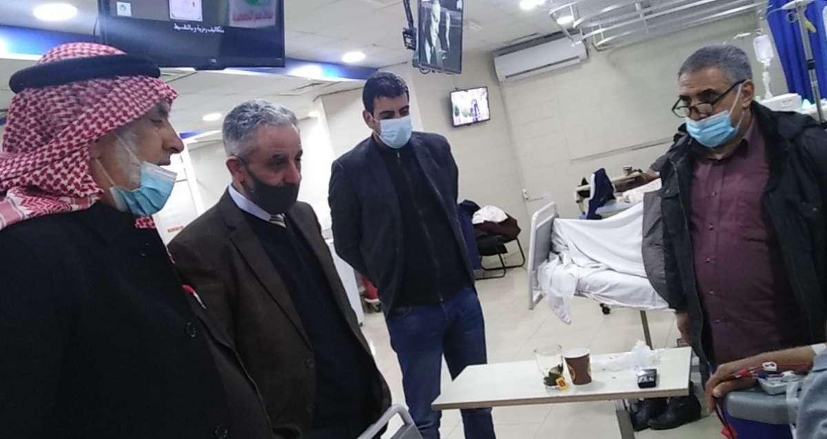 تخصيص باص لنقل مرضى غسيل الكلى بمستشفى المقاصد الخيرية