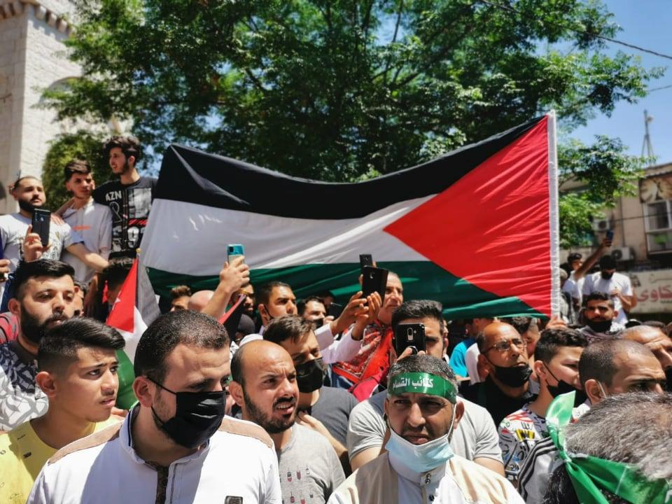 المئات في اربد يطالبون بطرد سفير الاحتلال والغاء اتفاقية الغاز - صور