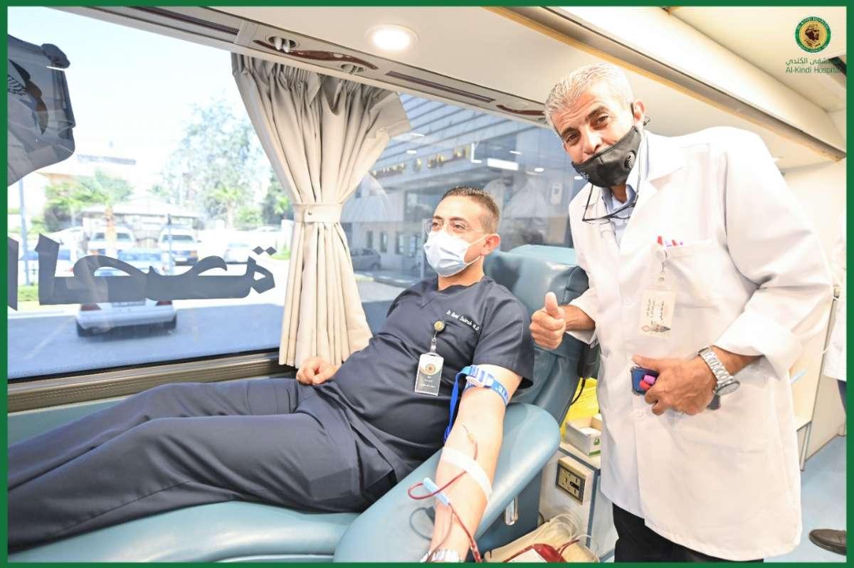 نجاح كبير لحملة التبرع بالدم في مستشفى الكندي - صور